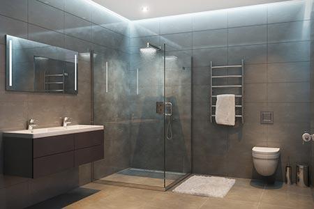 Badezimmer mit eingeschalteter Grundbeleuchtung