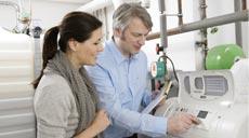 Hausbesitzer haben heute die Wahl zwischen mehreren Heizungssystemen, um sich mit Wärme zu versorgen.