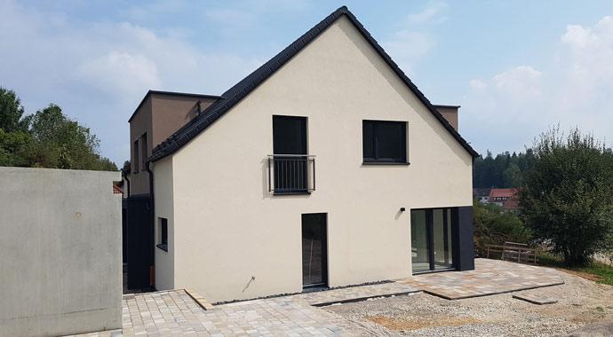 Außenansicht Doppelhaus von Dennert Massivhaus