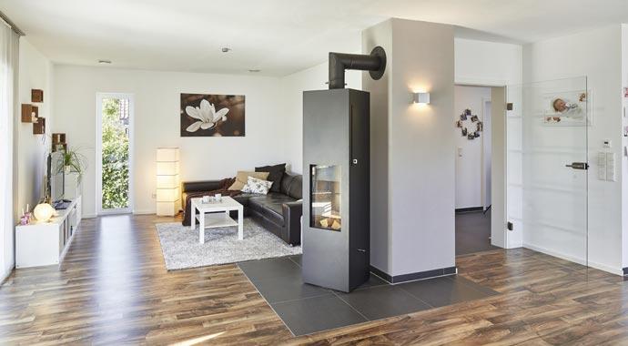 luxhaus satteldach landhaus 143. Black Bedroom Furniture Sets. Home Design Ideas