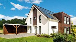 Haacke-Haus Landhaus mit Kniestock und Anbau Außenansicht