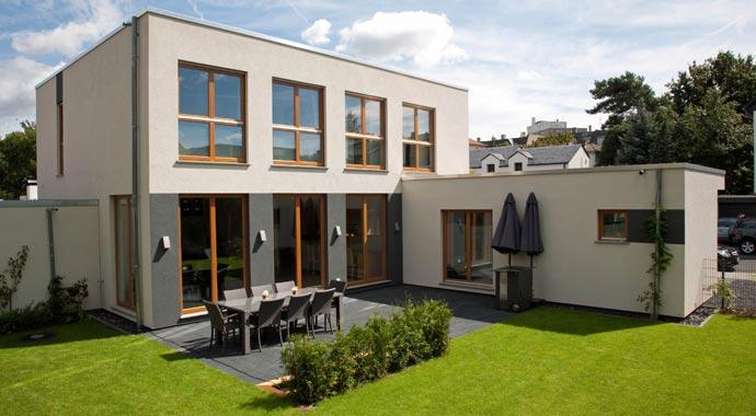 Modernes Holz-Fertighaus von Rensch-Haus