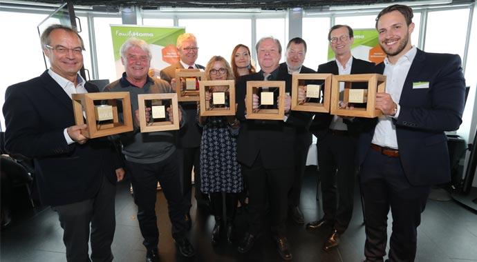 Gruppenfoto Gewinner Haus des Jahres 2018
