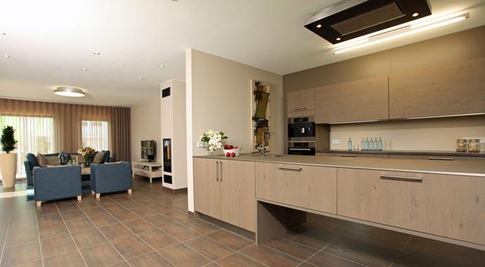 Fingerhaus küche  FingerHaus: Musterhaus Vio 450