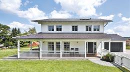Außenansicht Haus Ergoldsbach von Regnauer Hausbau