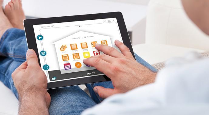Smart Home Steuerung Tahoma Connect 2.0 von Somfy
