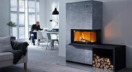 Erfreulich für Körper, Geist und Auge: Die hervorragende Qualität, das exklusive Design und der herzerwärmende Anblick des Feuers sorgen für eine stilvolle und gemütliche Wohnatmosphäre.