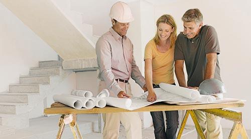 Baustellengespräch Bauherr und Architekt