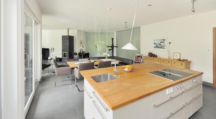 haacke haus bauhaus bungalow. Black Bedroom Furniture Sets. Home Design Ideas