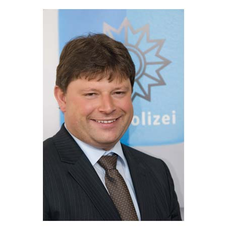 Portrait Kriminaloberrat Harald Schmidt