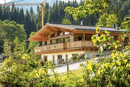 Außenansicht Haus Kitzbühel von Chiemgauer Holzhaus