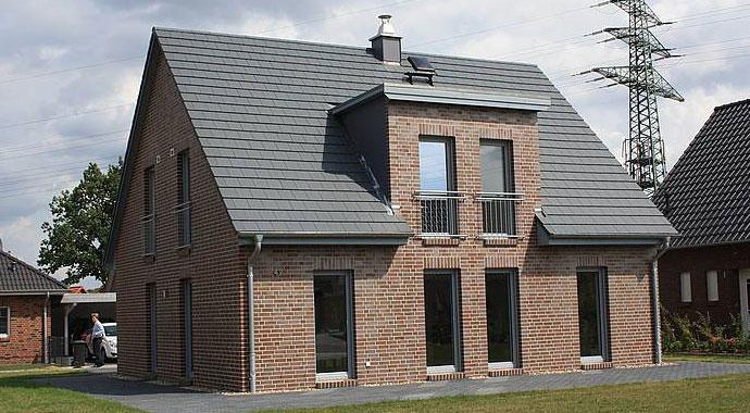 Town country haus flair 134 klinker for Haus klinker modern