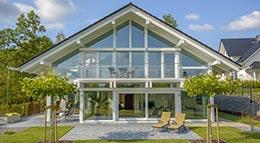 Moderne Fachwerkarchitektur von KD-Haus