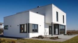 """FingerHaus Flachdach-Hauskonzept """"Architektur Trend"""" Außenansicht"""