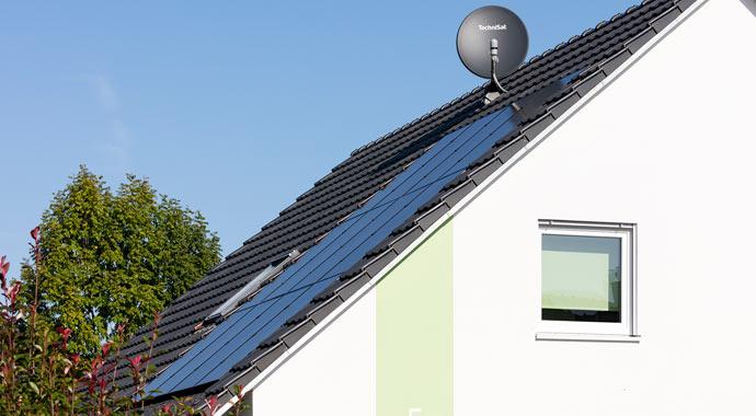 Dachintegrierte Photovoltaik-Anlage von CREATON