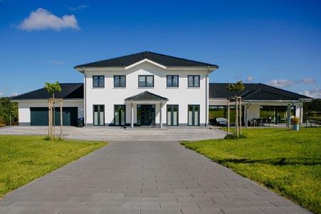Außenansicht Einfamilienhaus von Massivhaus Rhein Lahn