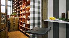 """Breite Blockstreifen und großformatige Karos setzen bei der Tapetenkollektion """"Elegance 2"""" von A.S. Création moderne Akzente."""