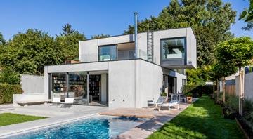 Außenansicht Einfamilienhaus München von Dennert Massivhaus