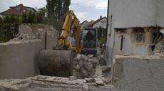 Schon seit vielen Monaten plante unsere Umbau-Familie ihr Sanierungsprojekt, bis endlich die Baugenehmigung erteilt wurde. Sogleich stürzten sich Willners in die Umbauarbeiten.