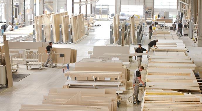 Holz-Fertighaus Produktion bei FingerHaus