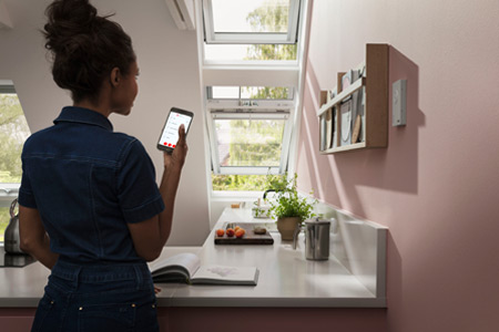 Dachfenster mit Velux Smart Ventilation