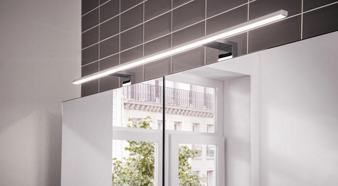 Lichtspiegelschrank mee von emco Bad