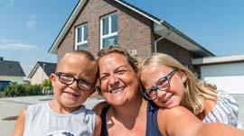 Viebrockhaus Bauherren-Familie: Zu dritt & glücklich!