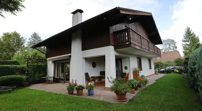 Haus mit Kaminofen