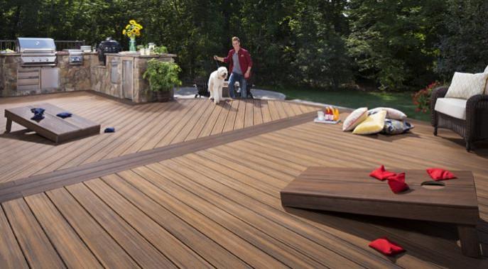 Terrassendielen von Trex bestehen zu 95 Prozent aus recycelten Materialien.