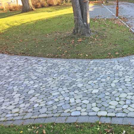 Pflastersteine von braun-steine