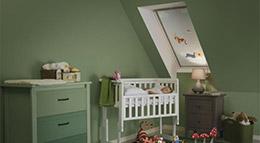 Velux präsentiert zwölf liebevoll gestaltete Verdunkelungs-Rollos für Dachfenster im Disney-Design.