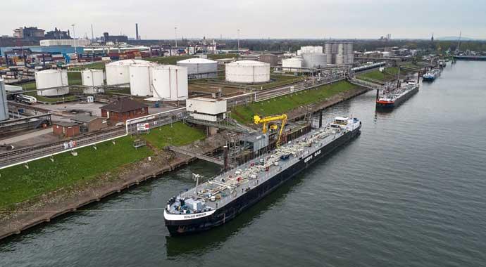 Erste Schiffsladung BioLPG erreicht Duisburger Hafen
