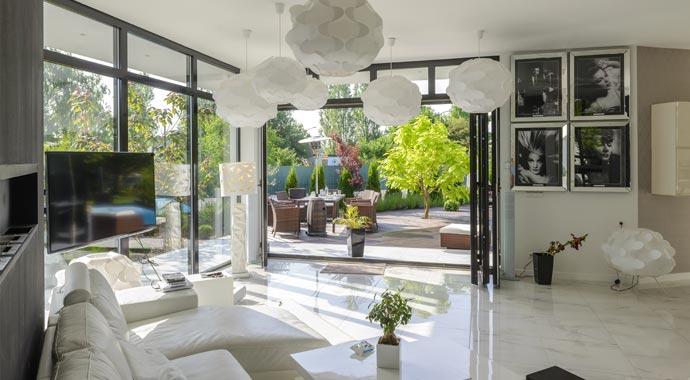 darum sollten sie sich f r kunststofffenster entscheiden. Black Bedroom Furniture Sets. Home Design Ideas