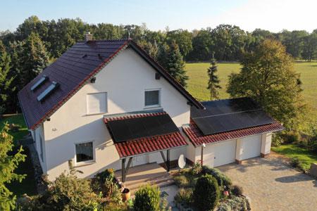 Hanwah Q Cells Photovoltaik-Anlage auf Hausdach