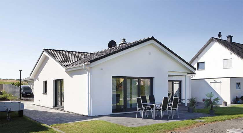 dan wood family bungalow family 112. Black Bedroom Furniture Sets. Home Design Ideas