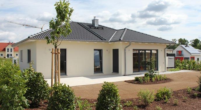 Town Country Haus Musterhaus Winkelbungalow 108