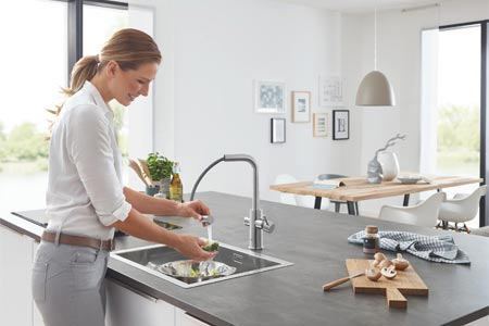 Grohe Blue Home Pull-Out Connected