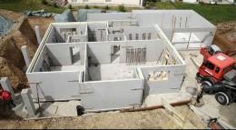 Auch auf schwierigem Baugrund lässt sich ein Keller errichten.