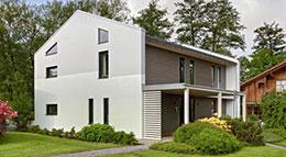 """Sonnleitner """"Functionality-Haus"""" Musterhaus Außenansicht"""