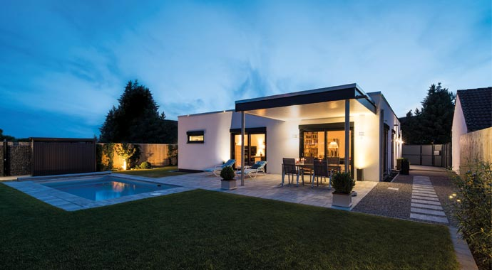 fingerhaus bungalow nivo hurra wir bauen. Black Bedroom Furniture Sets. Home Design Ideas
