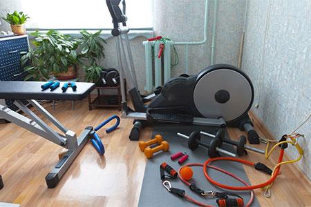 Unterschiedliche Trainingsgeräte