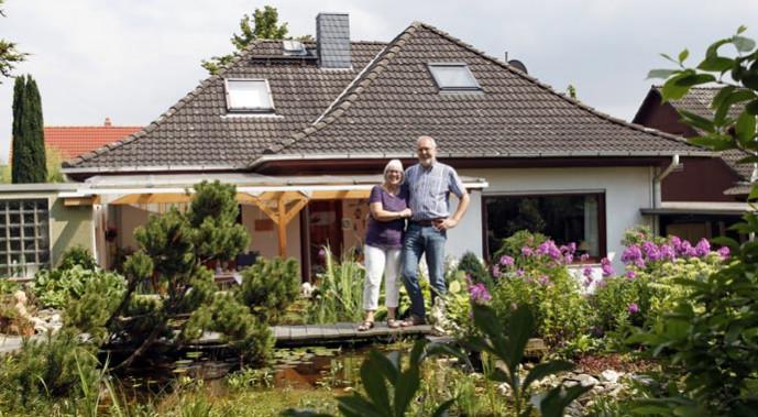 Im Einfamilienhaus von Marita und Hajo Studnik gibt es immer etwas zu tun. Besonders dringend ist der Austausch des veralteten Öl-Kessels.