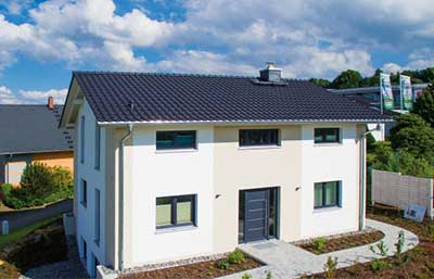 Helma Eigenheimbau Musterhaus als Sonderplanung Außenansicht
